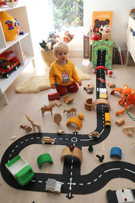 awesome kids playroom decor  track  cars  toys