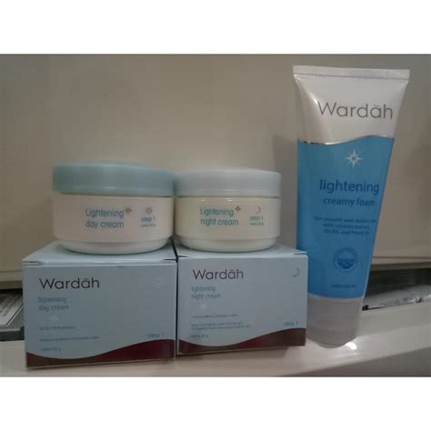 Pelembab Wardah Whitening wardah paket hemat wardah lightening series step 1