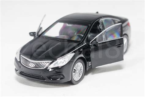 hyundai azera malaysia price welly 1 34 1 39 diecast hyundai azera car black color