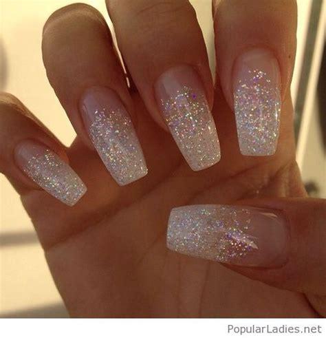 Glitter Gelnagels by Best 25 White Glitter Nails Ideas On Glitter