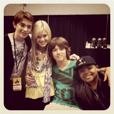 olivia holt and leo howard olivia holt pinterest de olho na fama olivia holt e leo howard