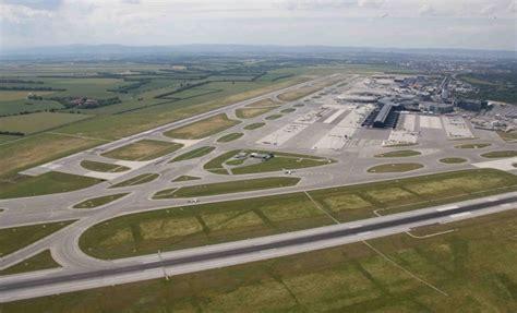 2 4a Intl viennaairport third runway project