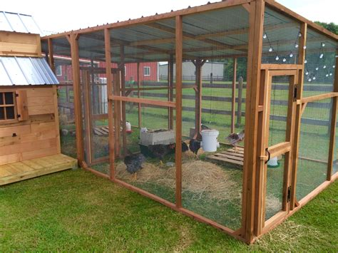 Chicken Coop Decorating Ideas by Chicken Coop Ideas Cedar Shop Now Taking Orders
