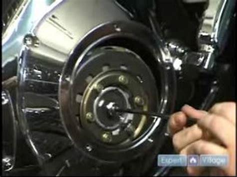motorcycle repair : how to adjust a motorcycle clutch pack