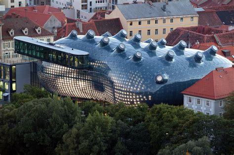 kunsthaus graz museum performative architecture