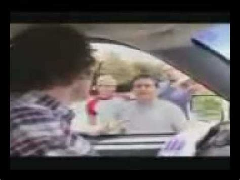 amazing racist free boat rides the amazing racist driving school for asians doovi
