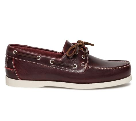 chaussure bateau tbs cuir bordeaux chaussures bateau chaussures homme