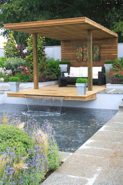 Decoration De Bassin Exterieur by D 233 Coration De Jardin Avec Une Fontaine Pour Bassin