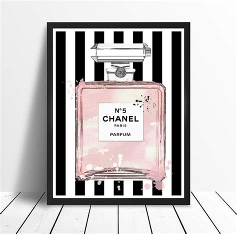 Parfum Chanel Pink chanel no 5 no5 no 5 pink perfume bottle with stripes and