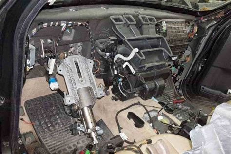 service manual 2007 land rover lr3 replace heater dash