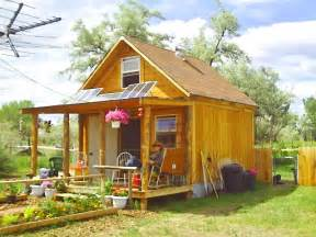 home simple solar homesteading