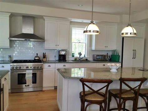 island kitchen nantucket 1000 images about cape cod kitchens on