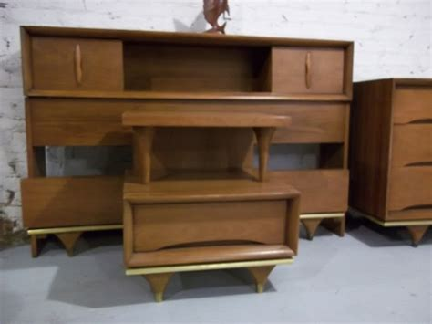 kent coffey quot elegante quot 4 bedroom set 795 gatyo