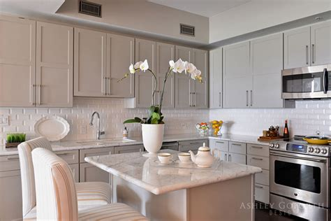 taupe kitchen cabinets grey taupe kitchen cabinets quicua com