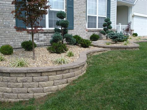 retaining wall ideas for backyard best 25 landscaping retaining walls ideas on pinterest