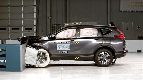 Honda Crv Crash Tests by 2017 Honda Cr V Earns Tougher Iihs Top Safety Rating