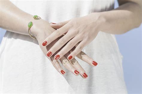 manicure a casa come fare la manicure a casa manicure fai da te perfetta