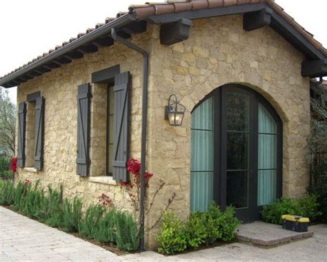 Tuscan Window Shutters Tuscan Style House Looks With Tuscan Window