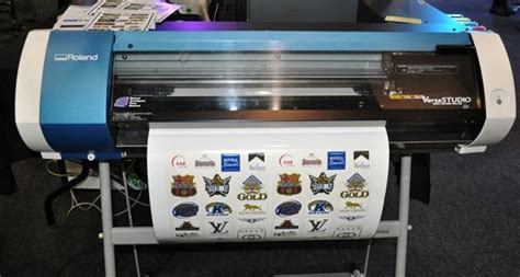 Printer Cutting Sticker Murah small size pu flex vinyl printing and cutting roland series bn 20 cutting plotter for sticker