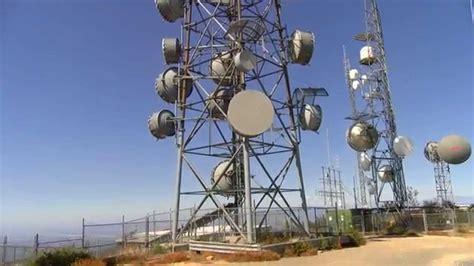 mountain top radio tower antenna farm 4k