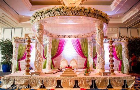 Mandap http://www.maharaniweddings.com/gallery/photo/48815