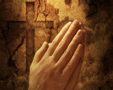 imagenes de manos unidas orando manos oracion omgn 1 caminando con jes 250 s de la mano