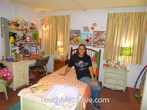 sue room my visit to the set of abc s the middle funtastic