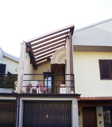 tettoia per balcone porticati trasparenti porticato tettoia pensilina