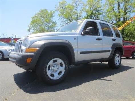 sell   jeep liberty sport  wd  gainesville