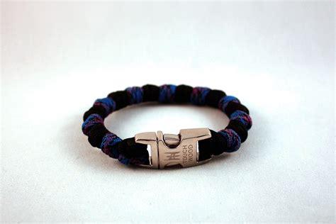 paracord bead knot blue camo paracord bracelet touchwood