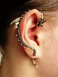 bite ear cuff piercing