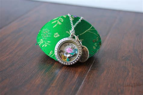 Origami Owl Product Reviews - origami owl review and giveaway the fashionista momma