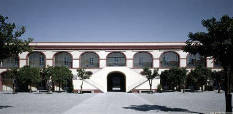 patio diputacion sevilla cruz y ortiz arquitectos diputacion provincial sevilla