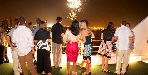 miami night party boat with drinks christmas yacht party 2017 private yacht charter dubai