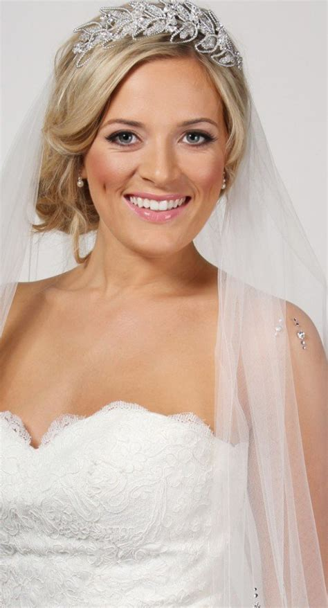 Wedding Hair With Fringe And Veil by 20 Stunning Wedding Hairstyles With Veils And Hairpieces