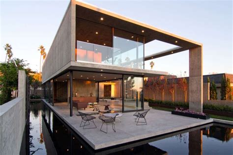 home design center san diego san diego beach house is a shell of glass and concrete