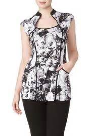 Tunic Andrea White 723 188 print tunic from montreal by yvonne