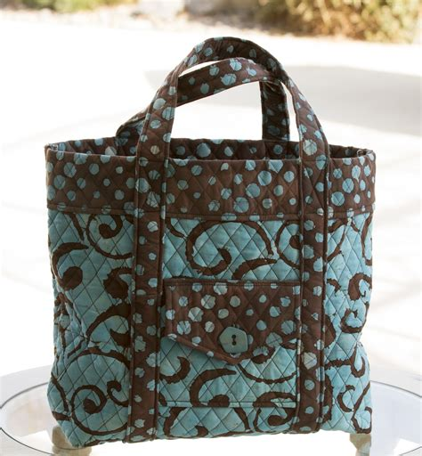 Quilted Bag quilted tote bag at the cottage
