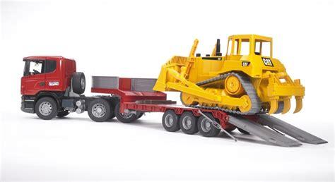 Mainan Anak Scania R Series Low Loader Truck With Cat Bulldozer nz trucking scania r series low loader with cat bulldozer nz trucking magazine