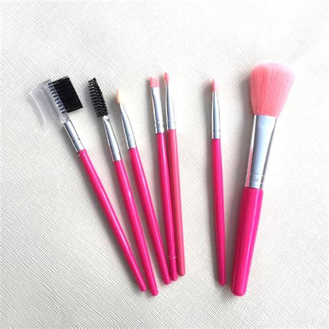 7 Make Up Items For 40 by New 7 Brand Make Up Brush Set Makeup Brush Set Tools