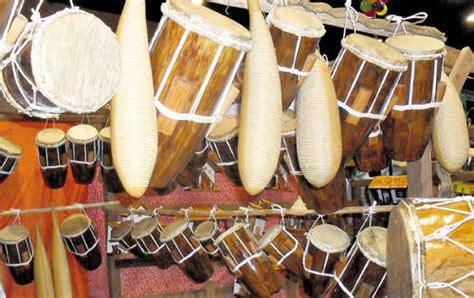 imagenes de instrumentos musicales folkloricos de panama tambores de panam 225 diaadia panam 225