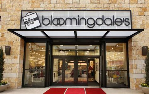 bloomingdale s to open outlet store in manhattan s
