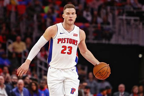 blake griffin stuns in pistons debut notches double