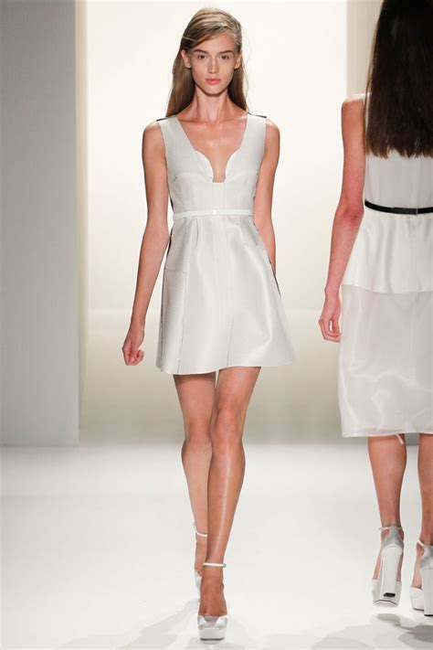 Catwalk Speak To Onoff About Fashion Week by White Wedding Dress Inspiration From New York