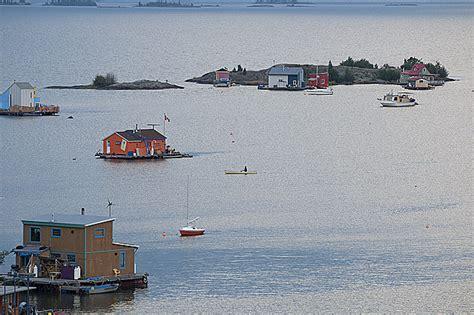 houseboat yellowknife yellowknife houseboats canadian mosaic