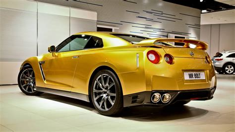 nissan gold nissan gt r bolt gold headed down under after australian