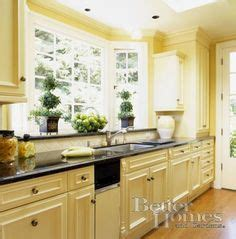 Butter Yellow Kitchen Cabinets 8 Butter Yellow Kitchen Cabinets Classic Butter Yellow Cabinets Beautiful Homes Design