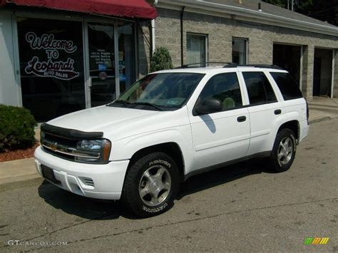 chevrolet trailblazer white 2007 summit white chevrolet trailblazer ls 4x4 15716283