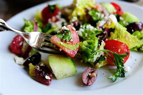 greek salads greek salad the pioneer woman