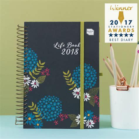 portfolio 2018 the best of 2017 books 2018 book diary boxclever press